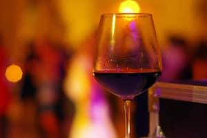 Wine glass © Mllepix