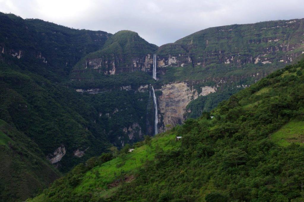 Gocta Waterfalls - Peru © Mllepix