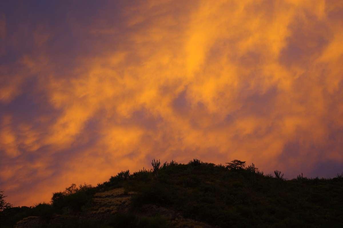 Sunset - La Falda de San Antonio - Catamarca © Mllepix