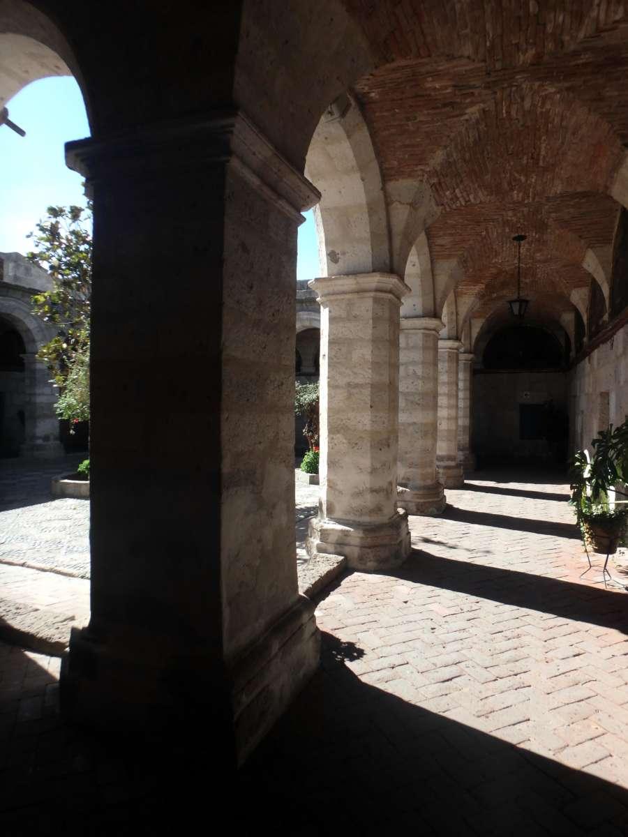 Convento Santa Catalina - Arequipa - Peru © Mllepix