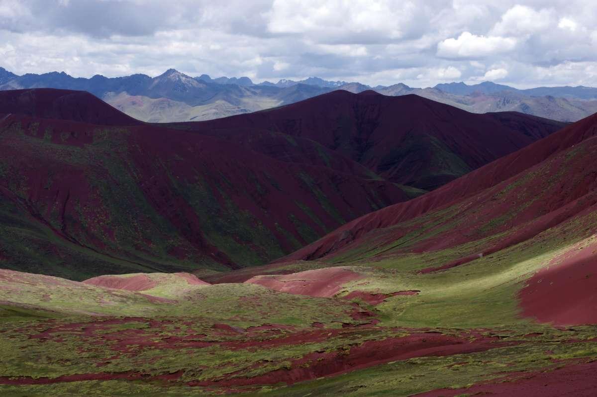 Montaña de los 7 colores - Valle Rojo - Peru © Mllepix